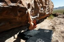 Bouldering in Hueco Tanks on 06/28/2019 with Blue Lizard Climbing and Yoga  Filename: SRM_20190628_0931450.jpg Aperture: f/5.6 Shutter Speed: 1/500 Body: Canon EOS-1D Mark II Lens: Canon EF 16-35mm f/2.8 L
