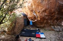 Bouldering in Hueco Tanks on 10/28/2019 with Blue Lizard Climbing and Yoga  Filename: SRM_20191028_1441351.jpg Aperture: f/4.0 Shutter Speed: 1/250 Body: Canon EOS-1D Mark II Lens: Canon EF 16-35mm f/2.8 L