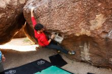 Bouldering in Hueco Tanks on 11/10/2019 with Blue Lizard Climbing and Yoga  Filename: SRM_20191110_1109360.jpg Aperture: f/4.0 Shutter Speed: 1/320 Body: Canon EOS-1D Mark II Lens: Canon EF 16-35mm f/2.8 L