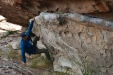 Bouldering in Hueco Tanks on 11/24/2019 with Blue Lizard Climbing and Yoga  Filename: SRM_20191124_1012270.jpg Aperture: f/6.3 Shutter Speed: 1/250 Body: Canon EOS-1D Mark II Lens: Canon EF 50mm f/1.8 II