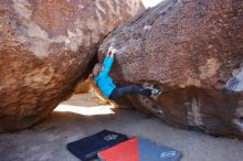 Bouldering in Hueco Tanks on 01/29/2020 with Blue Lizard Climbing and Yoga  Filename: SRM_20200129_1114020.jpg Aperture: f/4.5 Shutter Speed: 1/400 Body: Canon EOS-1D Mark II Lens: Canon EF 16-35mm f/2.8 L