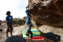 Bouldering in Hueco Tanks on 10/19/2018 with Blue Lizard Climbing and Yoga  Filename: SRM_20181019_0951200.jpg Aperture: f/5.6 Shutter Speed: 1/640 Body: Canon EOS-1D Mark II Lens: Canon EF 16-35mm f/2.8 L