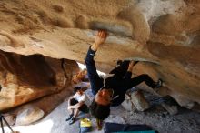Bouldering in Hueco Tanks on 03/20/2019 with Blue Lizard Climbing and Yoga  Filename: SRM_20190320_1557211.jpg Aperture: f/5.6 Shutter Speed: 1/200 Body: Canon EOS-1D Mark II Lens: Canon EF 16-35mm f/2.8 L