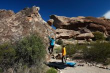 Bouldering in Hueco Tanks on 04/13/2019 with Blue Lizard Climbing and Yoga  Filename: SRM_20190413_0948230.jpg Aperture: f/5.6 Shutter Speed: 1/400 Body: Canon EOS-1D Mark II Lens: Canon EF 16-35mm f/2.8 L