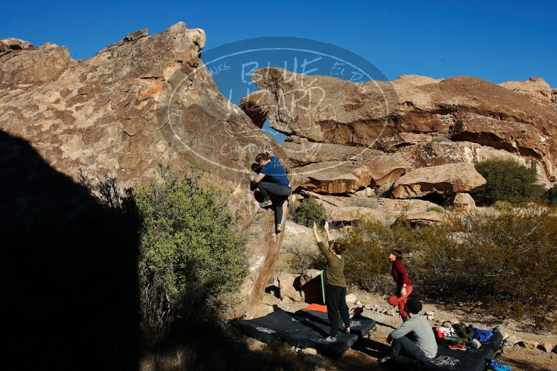 Bouldering in Hueco Tanks on 01/12/2020 with Blue Lizard Climbing and Yoga  Filename: SRM_20200112_1024580.jpg Aperture: f/8.0 Shutter Speed: 1/320 Body: Canon EOS-1D Mark II Lens: Canon EF 16-35mm f/2.8 L