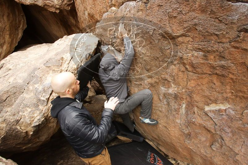 Bouldering in Hueco Tanks on 03/16/2019 with Blue Lizard Climbing and Yoga  Filename: SRM_20190316_1115370.jpg Aperture: f/4.5 Shutter Speed: 1/160 Body: Canon EOS-1D Mark II Lens: Canon EF 16-35mm f/2.8 L
